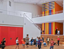 VIBEENGSKOLEN | Kunst stimulerer leg og læring